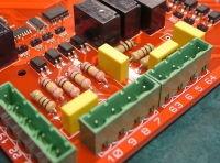 Câblage de composants traversants