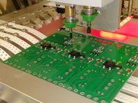 Pose de composants CMS automatique
